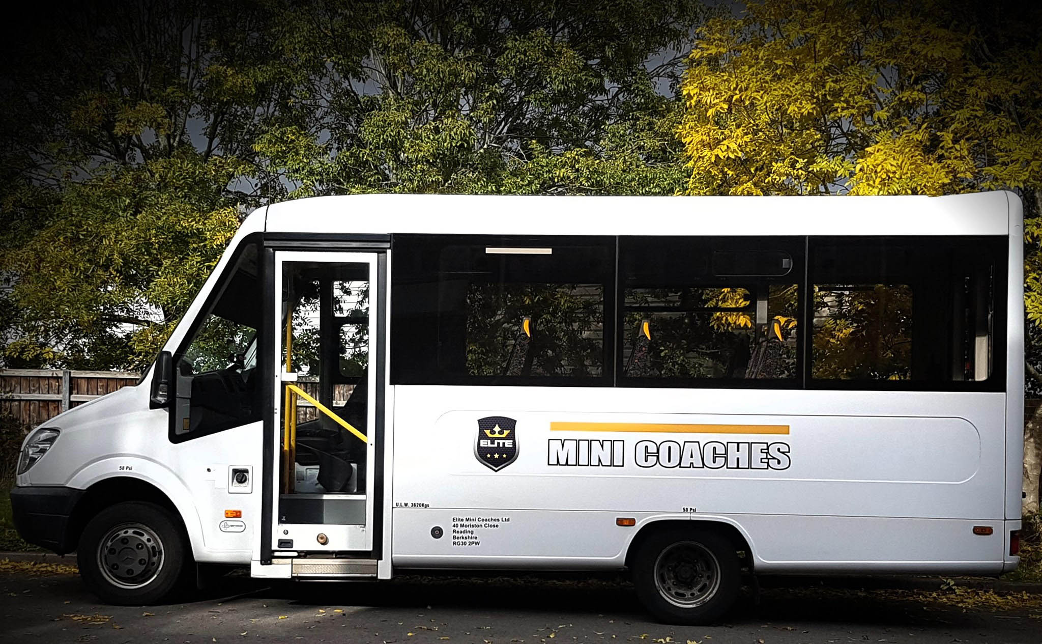 Coach Hire In Reading, Berkshire